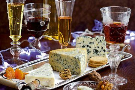 4 προτάσεις για πλατό τυριών που θα σερβίρετε στο πάρτι σας - Ταιριάσματα | οινοχόος
