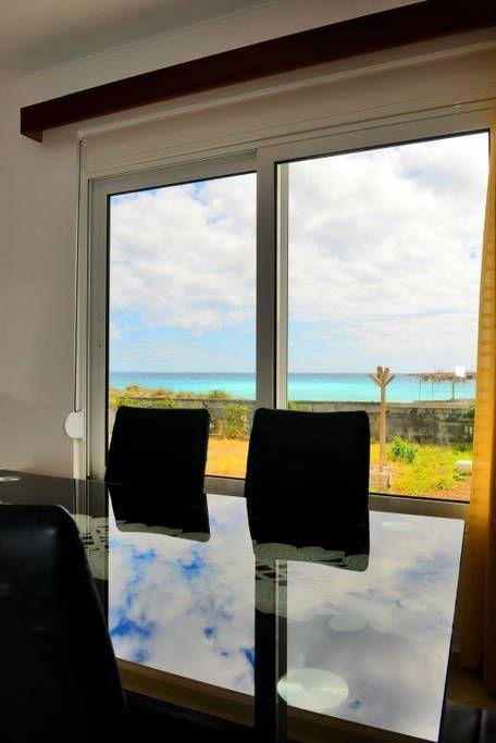 Schau Dir dieses großartige Inserat bei Airbnb an: Strandhaus für 8 Erwachsene & 2 - Häuser zur Miete in Plimmiri
