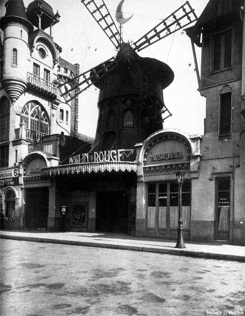 Le Moulin Rouge, 1911 by Eugene Atget    (Source: bellecs)