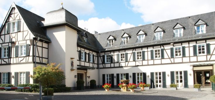 RULLED OUT *made an appt.  cost too hight, 110 €/pp * looks great, need to call and see if have the 13th & if can use the patio as well. * only 110 ppl Rheinhotel Schulz  -  Vogtsgasse 4-7  -  53572 Unkel am Rhein  -  Tel: +49 2224 901050  -  Fax: +49 2224 9010599  -  E-Mail: info@rheinhotel-schulz.de