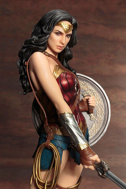 Kotobukiya ARTFX - Wonder Woman PVC Figure