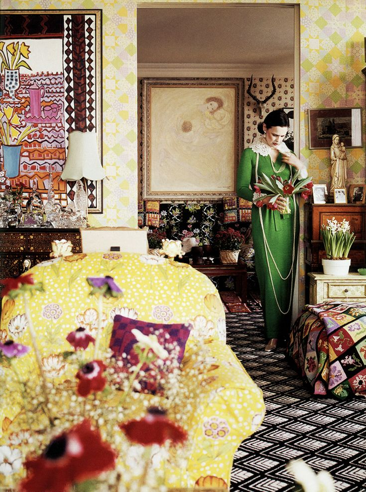 Gloria Vanderbilt in the living room of her United Nations Plaza apartment, photographed by Horst P. Horst for Vogue (1975)