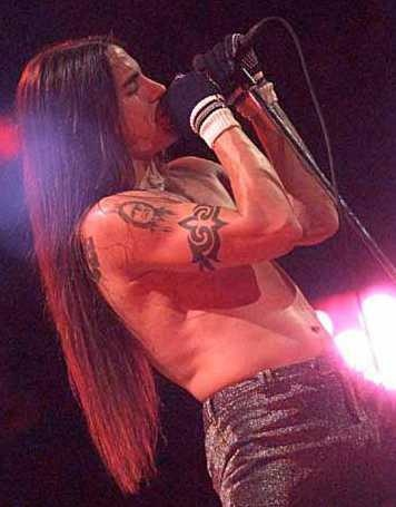 That embarrassing moment when a guy has better hair then you... Haha   (Anthony Kiedis)