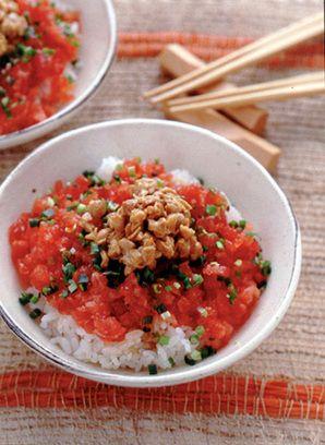 まぐろ納豆丼。Maguro natto don.