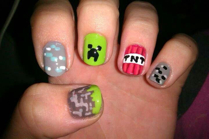 Minecraft Nails #nailart #minecraft