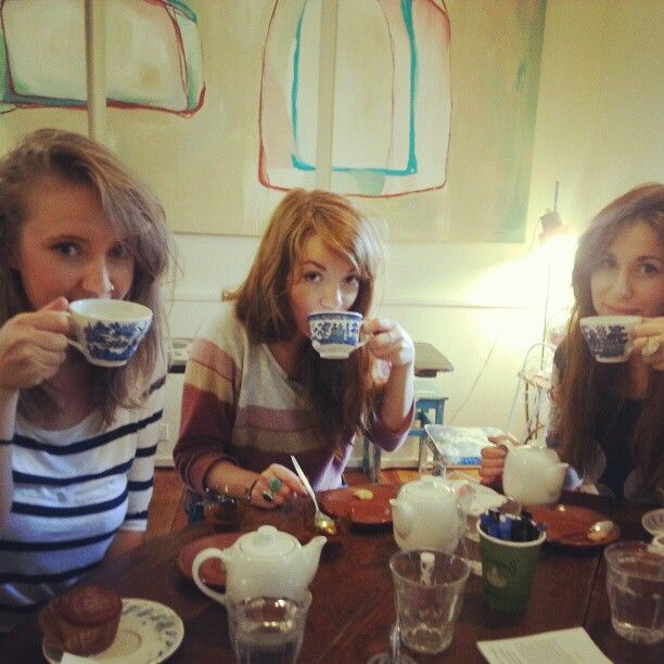 tea girls
