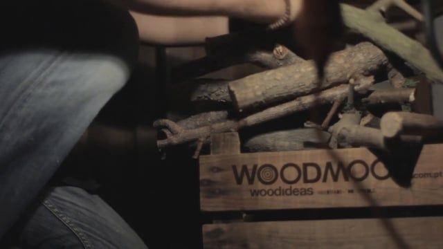 """Pequeno documentário sobre a WOODMOOD.  O conceito Woodmood é criar peças únicas, feitas das madeiras mais improváveis e injustiçadas deste mundo.  Criações que sejam funcionais, duradoura, """"eco-friendly"""" e com uma pitada valente de originalidade.   Proudly handmade in Portugal.   Captação, Edição e Produção: Hélder Silva - HSwork  Música: Oliver Tank - What Have I Become (Flash Forest Remix)"""