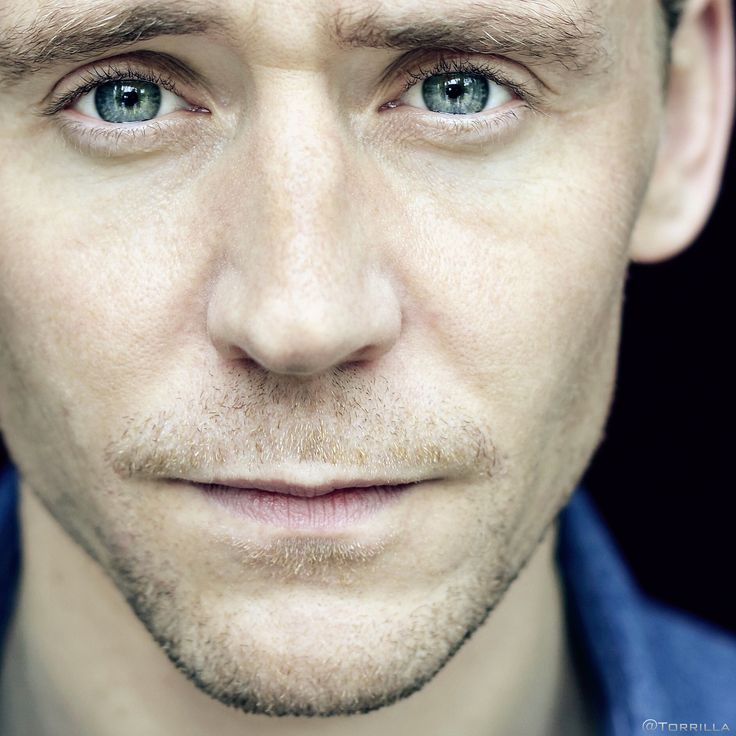 Tom Hiddleston photographed by Xavier Torres-Bacchetta for EL PAIS at SSIFF 2015. Larger: https://wx4.sinaimg.cn/large/6e14d388gy1fh1jfub7eij21gd1gdu0x.jpg Via Torrilla