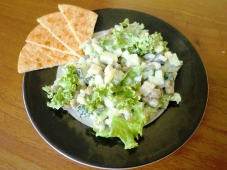 It's a very nourishing and easy-to-cook lacto-ovo salad. #vegelicacy