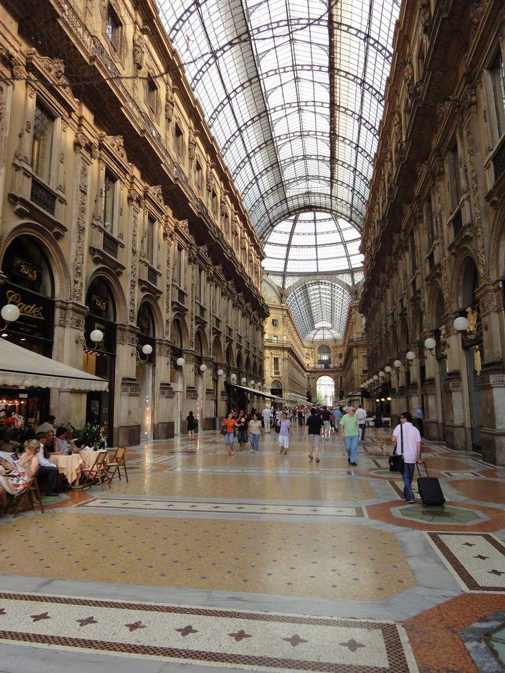 Gallery of Vittorio Emanuele II in Milan - Italy