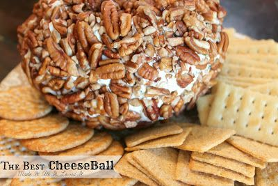 who doesn't love a cheese ball