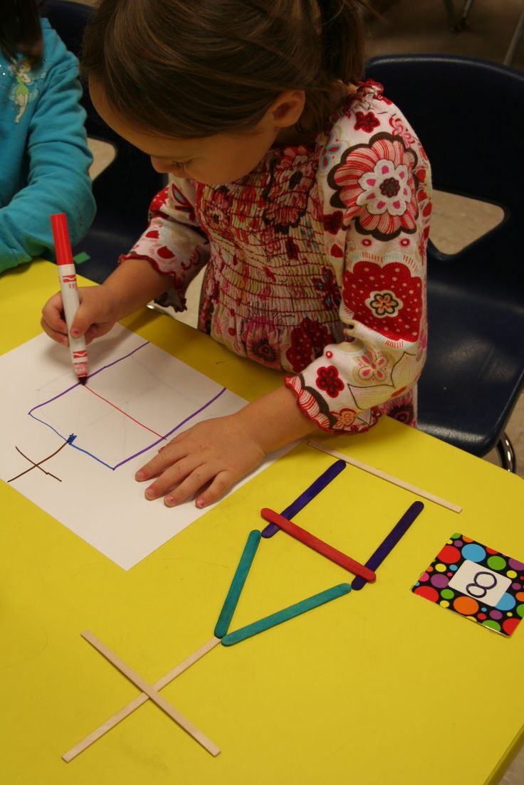 Have the students pick a number.  Count that number of sticks. Make a design and recreate it with the same color markers on paper.   Love all of the components!  Great for creative fine motor practice