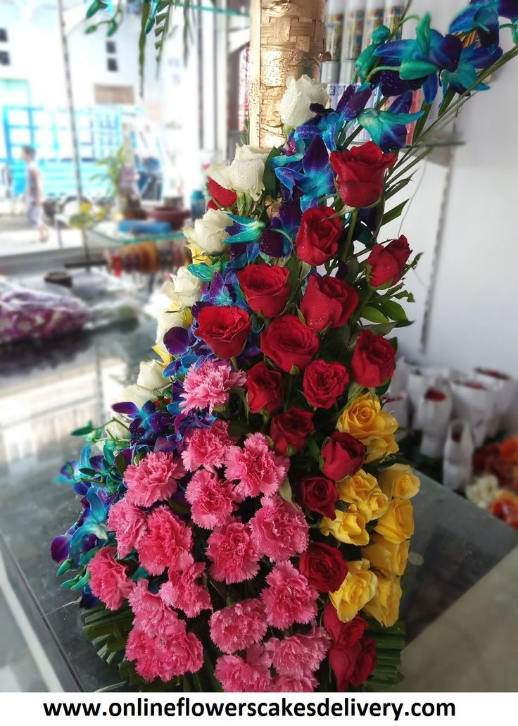 Send Flowers to Thane, an exquisite online florist in Thane welcomes you to the best of flowers arrangements. We have same day and midnight flower delivery in Thane.