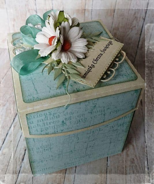 Exploding box z okazji chrztu w zieleni