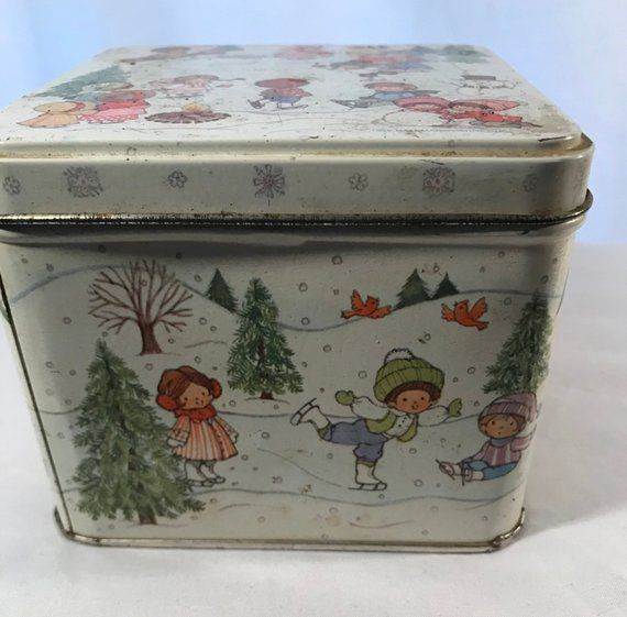 Scatola Latta Biscotti Natale.Pin On Tins And Boxes