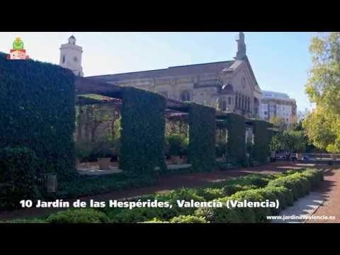 #Video >> 10 Jardines para perderte con tus hijos Descubre con esta selección los mejores jardines de toda España para visitar en familia y disfruta de preciosos entornos cuyos aromas, colores y y originalidad te sorprenderán