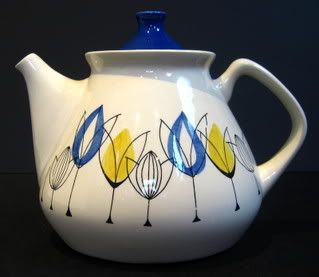 Inger Waage designed teapot  Another Inger Waage design - this is a spoonrest