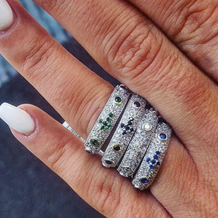 Buon Pomeriggio, anelli Nardelli in argento 925°, disponibili in vari colori e misure.   #anelli #argento #nardelli #bylabarberagioielli #solocosebelle #simple
