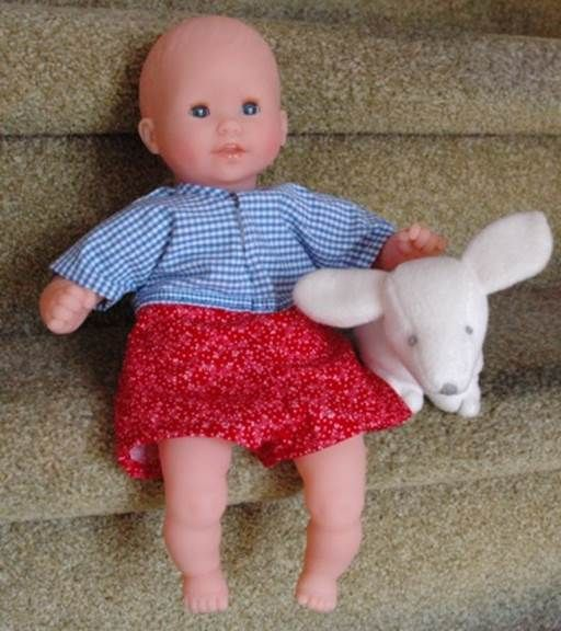 "Free Bodysuit pattern for 12"" doll"