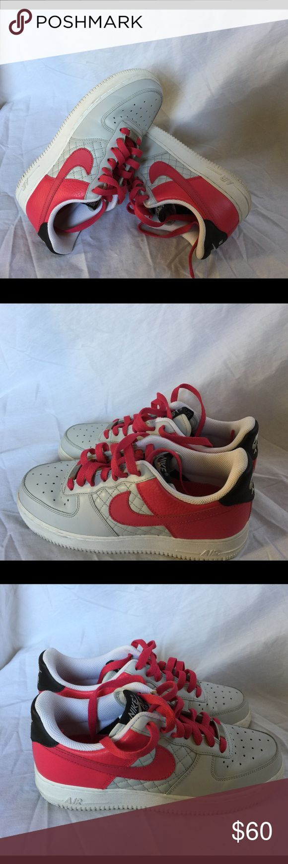 Women's Nike Air Force one size 7,5 Like new Nike Shoes Sneakers