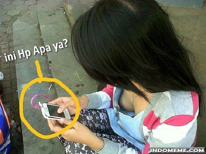 Ini HP apa ya? - #GambarLucu #MemeLucu - http://www.indomeme.com/meme/ini-hp-apa-ya/