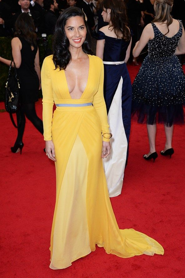 Met Ball 2014 – Olivia Munn teamed a Diane von Furstenberg gown with Fred Leighton jewellery.