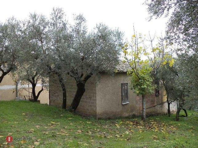 Rustico/casale in vendita a Mirabella Eclano, Via Cerzito - 30155676 - Casa.it