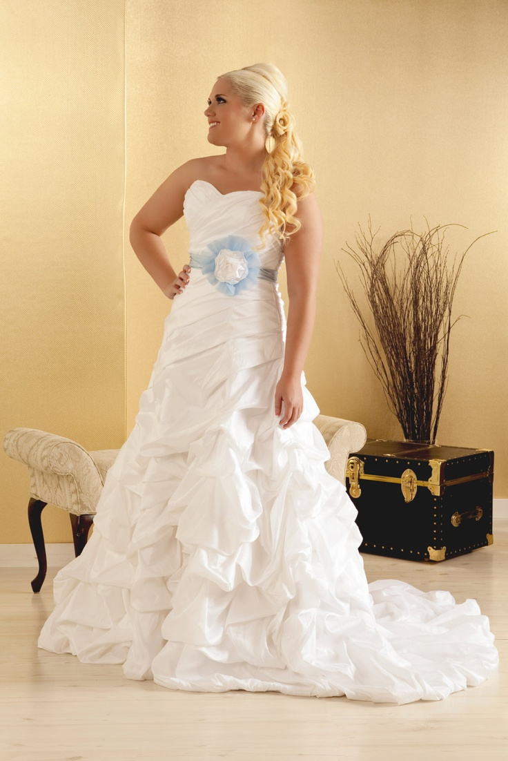 Plus Size Wedding Dress Organza Ball Gown With Satin Belt And Pickups