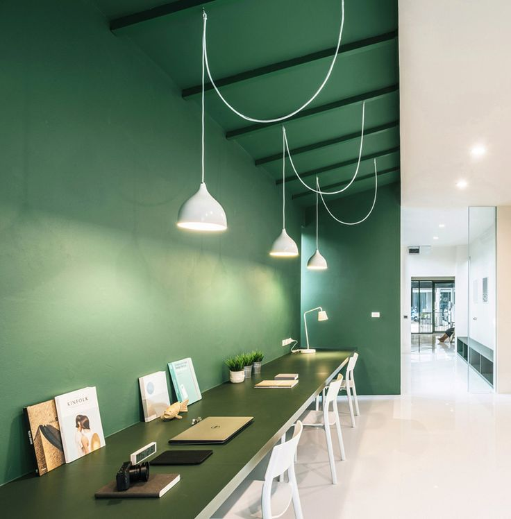 phongphat ueasangkhomset green 26 office interior designboom