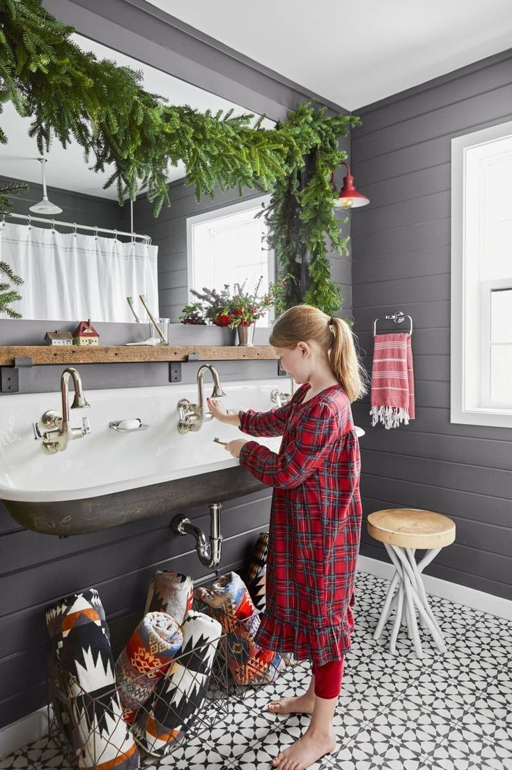 Kinder Badezimmer ❤️ | Ländliche badezimmer, Home design ...