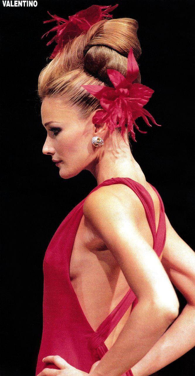 Valentino Haute Couture Fall 1995 | with Carla Bruni
