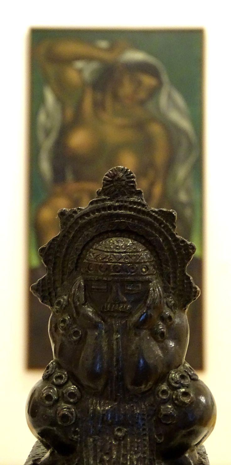 Tequendema de Rómulo Rozo en el Museo de Arte del Banco de República, Colombia.