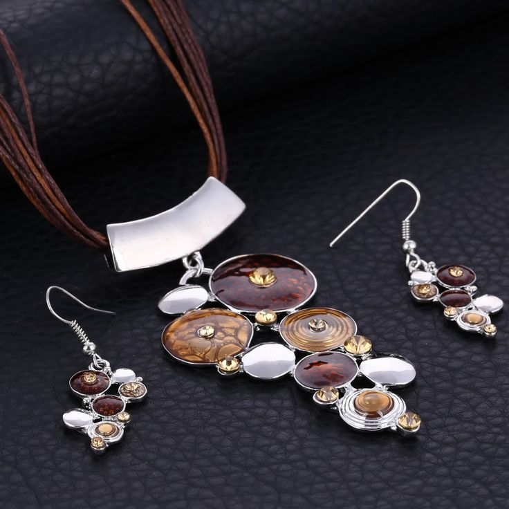 Paradise Circles Necklace & Earring Set - Brown www.evcostudio.online