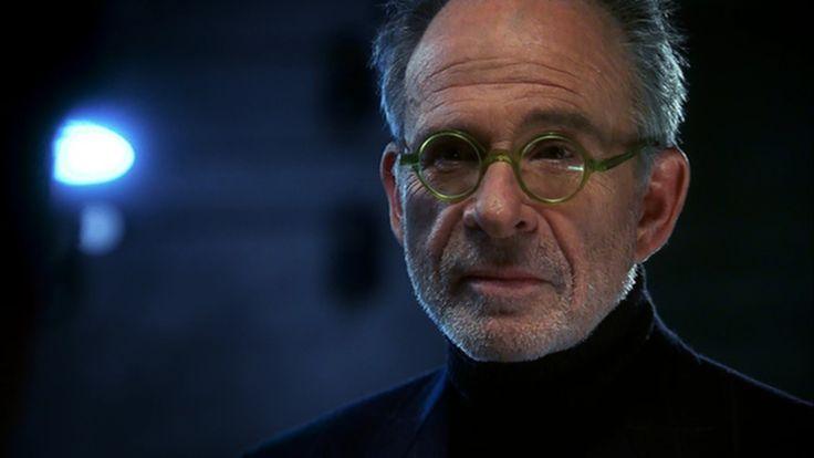 Arvin Sloane(Ron Rifkin)