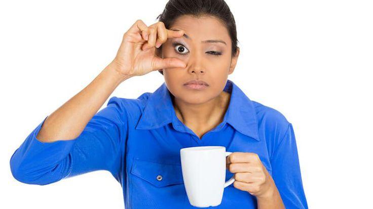 Sentindo-se cansado o tempo inteiro? Estes 14 hábitos ruins podem ser a causa. Deixar de fazer exercícios porque está muito cansado pode vir a virar contra você. Veja o que mais é importante para manter o pique durante o dia.