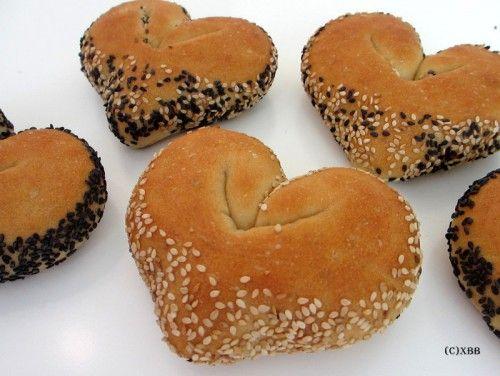 Bak broodjes voor Valentijn - Xandra Bakt Brood