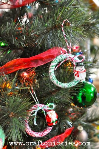 Baker's twine mini wreath ornament made from shower curtain rings
