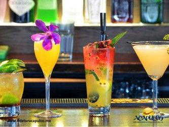 #antrosdemexico Agradable y tranquilo ambiente nocturno en Sí señor de Acapulco. ANTROS DE MÉXICO. Si estás buscando un lugar tranquilo pero agradable, para ir de fiesta con tu familia durante tus vacaciones en Acapulco, Sí Señor es una excelente opción, ya que cuenta con una increíble vista a la bahía, además de platillos y bebidas deliciosas que te encantarán. Obtén más información, visitando la página oficial de Fidetur Acapulco.
