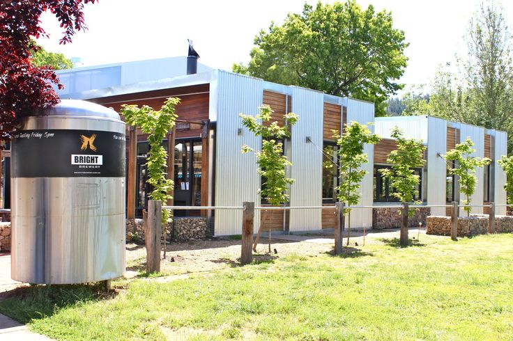 Bright Victoria : The Bright Brewery - Craft Brewery on the High Country Brewery Trail : Alpine Valley Getaways