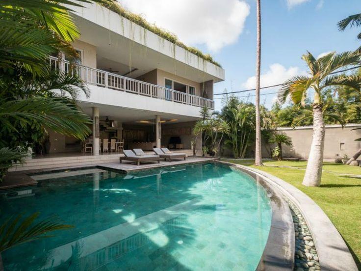 Vakantiehuis Drupadi - Seminyak Bali, Indonesië - Prachtige Balinese villa met eigen zwembad voor 6 personen -- mail@xclusivevillas.com of bel: 0031 (0)85 401 0902