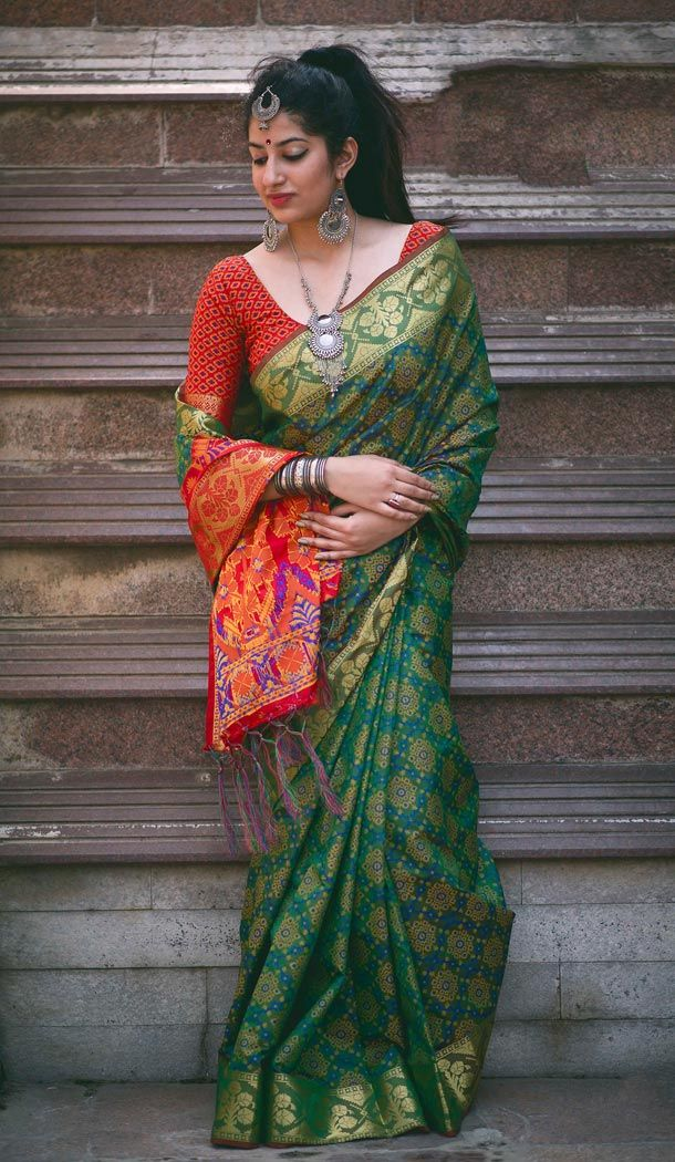 da00a43760b2d9 Be the dazzling diva clad in this Green Color Silk Party Wear Saree with  Blouse with exquisite forms and patterns. The ethnic printed work at the  clothing ...