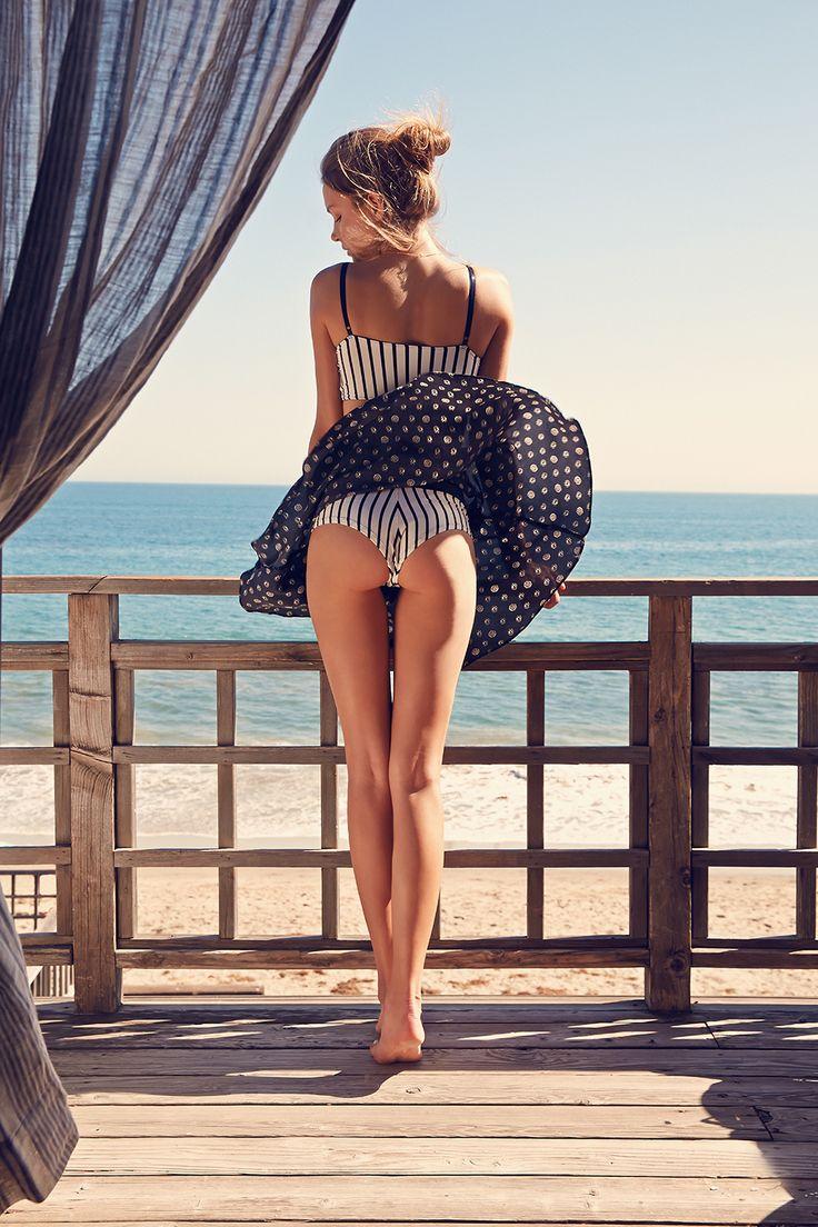 Caffiene Candid Videos Upskirt Dressing