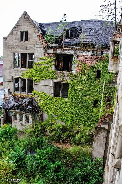 Abandoned City Methodist Church in Gary, Indiana. It opened in 1925 as part of a complex that included an education building, a theater, and a commercial retail structure. As Gary was abandoned the church membership fell from 3,000 to 150. It was closed in 1975.