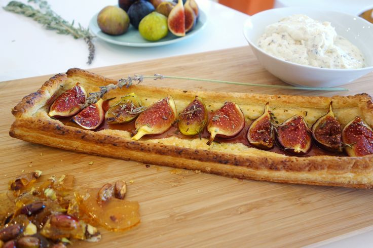 I still remember this perfect tart I made while in Mani, Greece with local Kalamata figs, picked right off the tree.   Oh how i could go for a little slice right now.