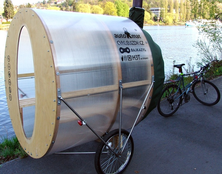 Ever wish there was a sustainable way to relax in a sauna on your way to work? H3T architects have made it possible-They've recently invented a 'Bike Sauna' that allows a light, eco-friendly tandem bicycle pull a small functioning sauna behind it.