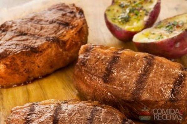 Receita de Churrasco de picanha fatiada com batata doce assada - Comida e Receitas