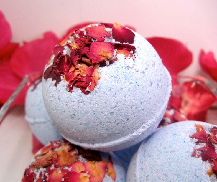 badekugeln selber machen rosenblätter-trocken-aroma-verschenken