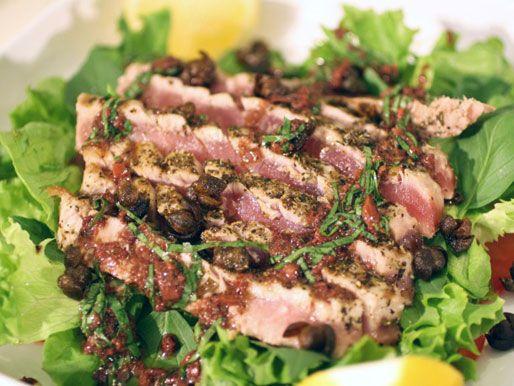 seared-tuna-salad