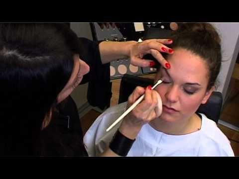 Il segreto per avere occhi più grandi by Diego Dalla Palma - YouTube