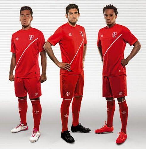 La Nueva Camiseta del Perú (Primera&Segunda) Copa América 2015 de Umbro se jactan de estilo tradicional de la selección nacional de blanc...